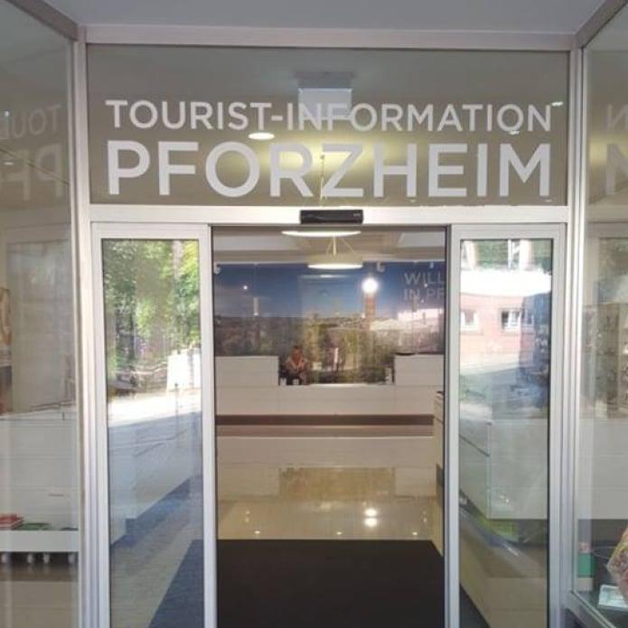 Bespielung Eingangsbereich für Tourist-Information Pforzheim