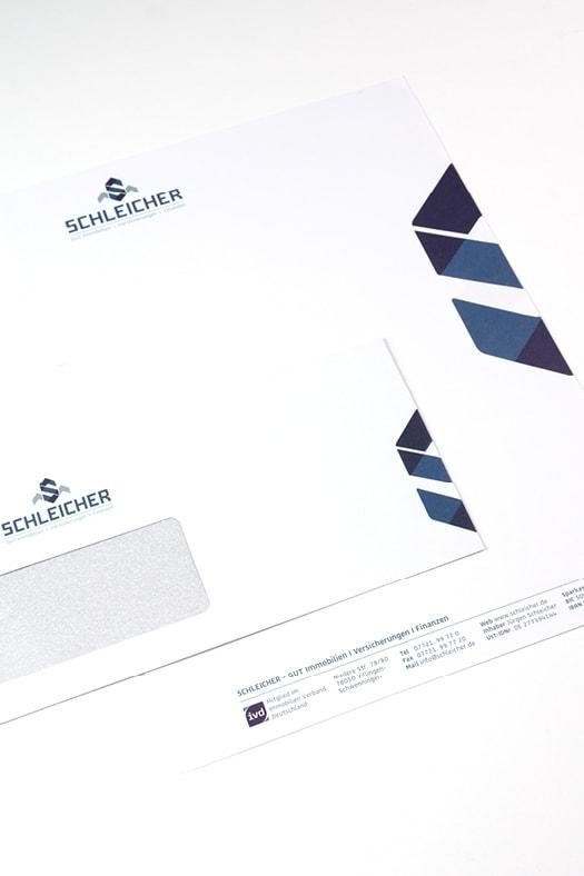 Umschlag und Briefpapier im Corporate Design
