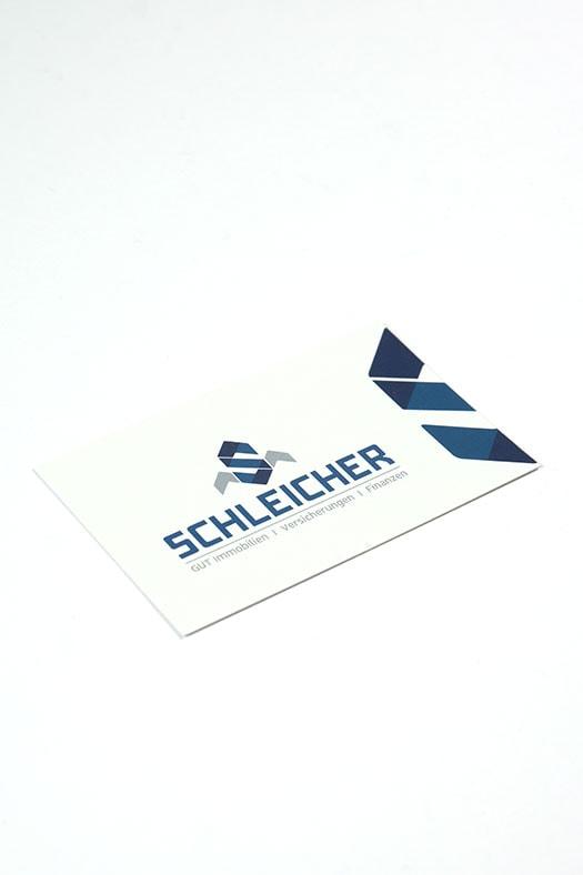 Professionell gestaltete Visitenkarte für Immobilien Unternehmen