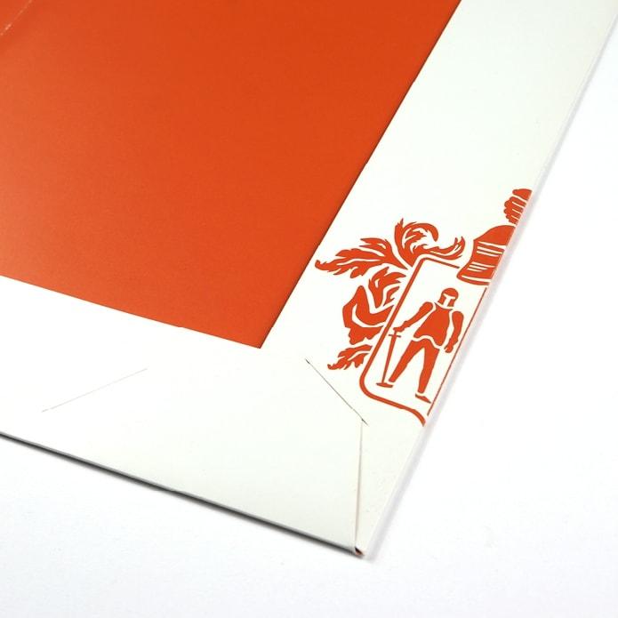 Mappe Innenseite mit Logo in Orange